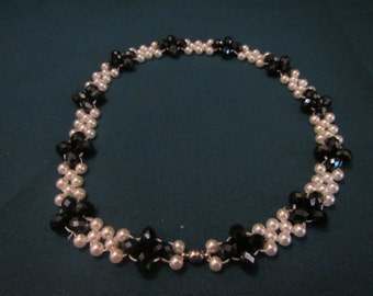 right angle weave black flower choker