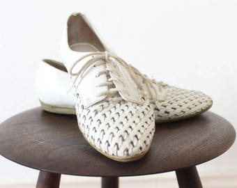 White LEATHER oxford lace up shoes