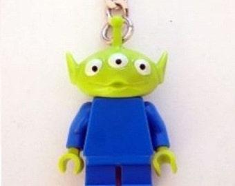LEGO Alien with Green Head Minifigure Keychain