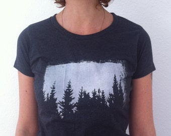 SALE - Imperfect Print - size M - Womens graphic Tee, grey graphic tee, tree t shirt, Nature t shirt, forest t shirt