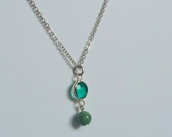 Indian Agate and Sea Green Glass Pendant Necklace