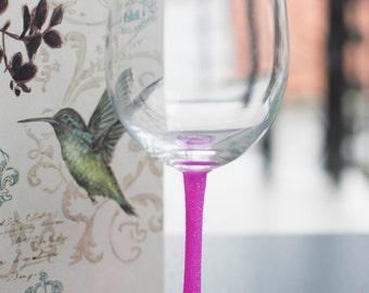 Monogramed Glitter Wine Glass | SGlitter Wine Glasses | Personalized Gifts | Girlfriend Gift | Custom Wine Glass