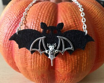 Bat necklace gothic choker in black and silver