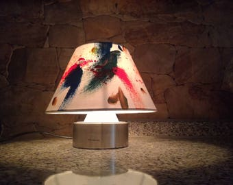 Abstract touch-sensitive lamp
