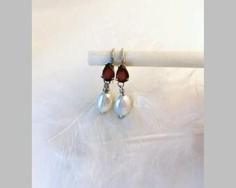 Garnet and Pearl silver earrings, Pearl Bridal earrings, January birthstone, June birthstone, precious stone earrings, minimalist earrings