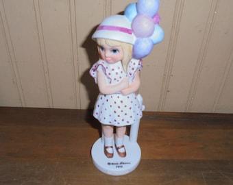 "Vintage Margaret Keane ""Balloon Girl"" Figurine"