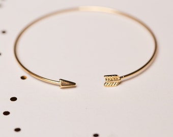 Thin Arrow Bracelet (Brass)