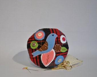 Bird Pin Cushion, Flowers and Leaves, Round, Tartan Wool and Felt, Decorative, Gift Idea