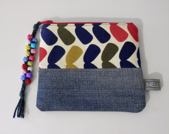 Denim and Fabric Zipper Coin Purse, Cosmetic Bag, Zipper Bag with Beaded Tassle