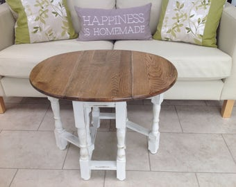 Shabby Chic, country style gate leg oak side/coffee table