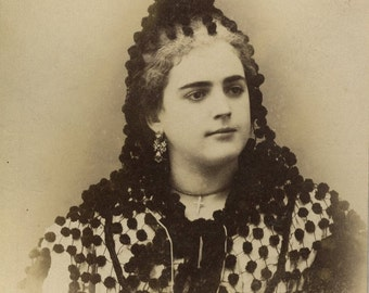 Portrait of a spanish woman.