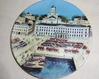 Arabia souvenir plate Helsinki in summer Design by Veikko Roininen