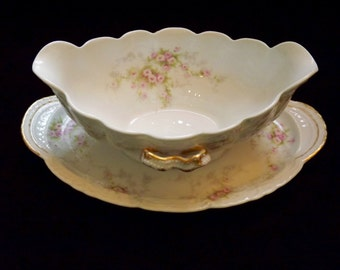 """THEODORE HAVILAND Antique Gravy Boat, Limoges France, circa 1903 """"Patent Applied For"""", Delicate Rose Pattern with Gold Trim, French Country"""