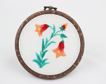 embroidery hoop picture , hoop art , hand embroidered wall hanging with orange flowers