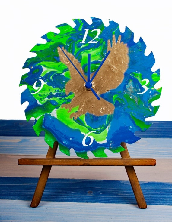 Eagle's View Point Green Wall Clock