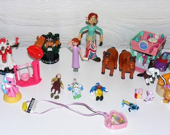 Small Toys Mixed Lot, Polly Pocket, Gi Joe, Pokemon, Fast Food, etc.
