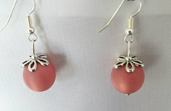 Polaris of old color pearls earrings pink