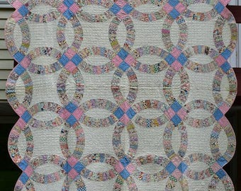 Antique 'Double Wedding Ring' Quilt, Full Bed Size Vintage Quilt, Feed Sack Fabrics 1930's Vintage, Double  Blanket, Depression Era #16394