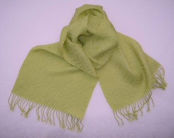 Fine-patterned scarf in fresh green, handwoven