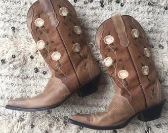 Vintage REYME EMBROIDERED FLOWERS Brown Leather Cowgirl Cowboy Boots Heels Western 7.5 - 8