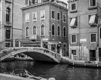 Venice Photography, Italy Photography, Fine Art Print Italy, Venice Print, Black and white, Venice Print, Venice Wall Art, Italy Print, B&W