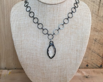 Short chain becklace with clear soldered pendant