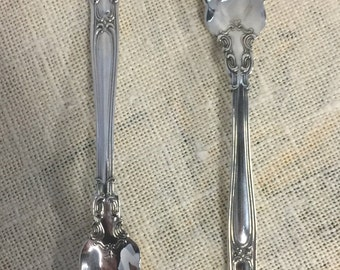 Pair Gorham sterling Chantilly ice cream forks/spoons