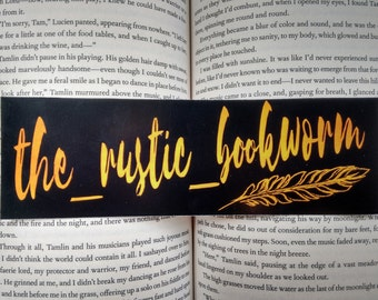 Customized bookmark with Instagram/Twitter username