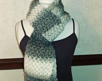 Puff stitch scarf