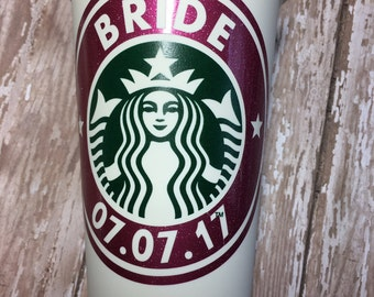 starbucks,custom,coffee,cup,bride,tea,wine,wedding,maid of honor,bridesmaid,mother of the bride,father of the bride,flower girl