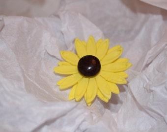 Fondant Daisy - Black Eyed Susan (12 count)