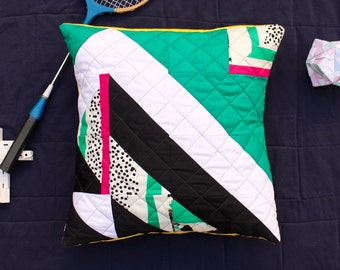 SKITASTIK No.1 Stylish Geometric Quilted Pillow