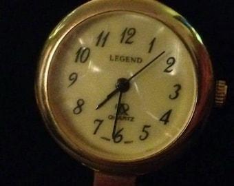 Vintage Legend quartz watch. Mother of pearl dial. 1 jewel