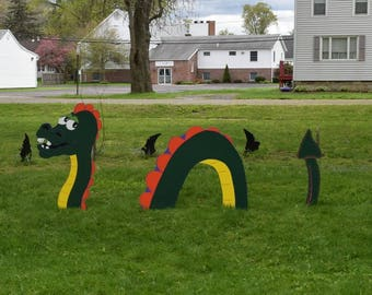 Giant Yard-Ness Monster Yard Art, Wood Painted Garden Serpent Whimsical Yard Art, Loch Ness Monster for Garden, Snake Garden Art Sea Serpent