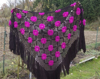 "Crochet shawl ""KARMEN"".  Black shawl."