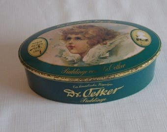 A Special reduction...set of 3 Dr. Oetker oval pudding tins.
