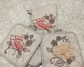 Embroidered Hot Pad and Mitt Set
