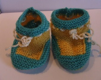 Knitted baby booties yellow/Mint