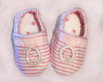 the Little Lizzie baby shoe