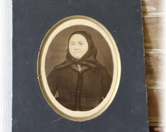 Antique portrait victorian woman 1887 passpartout and dedication Solid cardboard brocante decoration cottage home