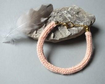 Apricot knitting bracelet / Bracelet wool and brass