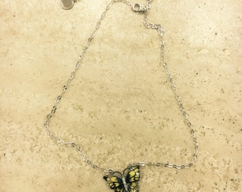 NECKLACE WITH BUTTERFLY necklace in burnished Silver 925