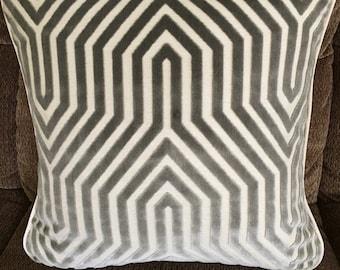 Luxurious schumacher pillow cover