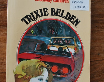 Trixie Belden The Mystery of the Castaway Children Book no. 21
