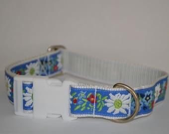 "Collar design ""Edelweiß"" light blue hand-crafted adjustable 30 mm manufactured,"