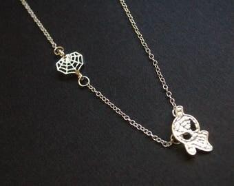 Silver tone spiderman necklace