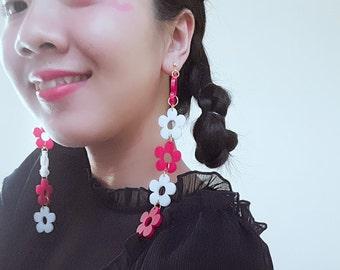 Flower shape Earrings- laser cut acrylic earrings-drop earrings--daisy earrings