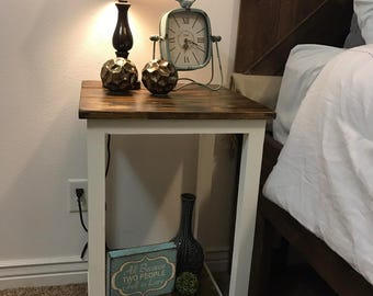 Traditional Nightstand / side table