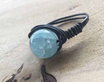 ring wire wrapping with Pearl turquoise crackled glass