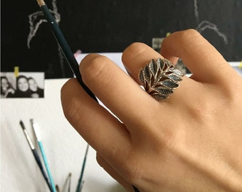 Leaf ring - oxidize ring - leaves ring - wide silver ring - middle finger ring - thick band ring - boho leaf ring - anniversary gift for her